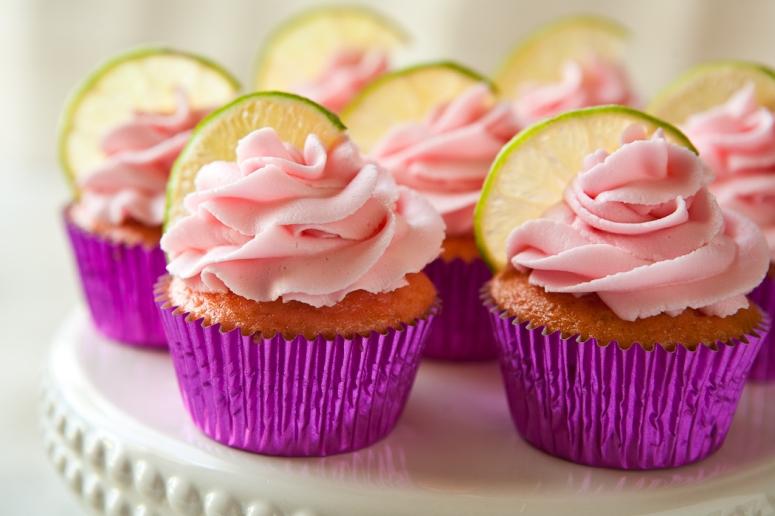 strawberry-cupcakes-1